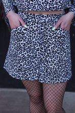 Load image into Gallery viewer, 90's Moment Skirt - Leopard Courdery