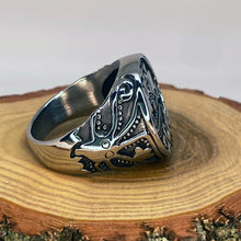 Load image into Gallery viewer, Viking Pirate Kraken Octopus Squid Silver Tone Ring
