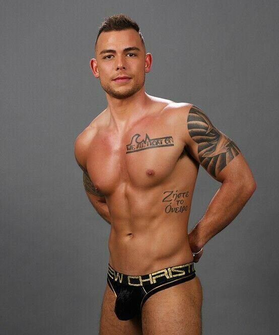 SexyMenUnderwear.com Andrew Christian Thong Midnight Herren-Tangas Shiny Golden Print 91285 2
