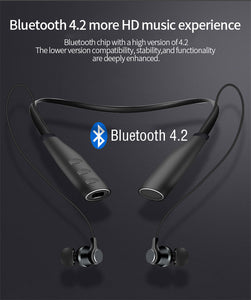 Can plug in 32GTF card sports wireless bluetooth headset.