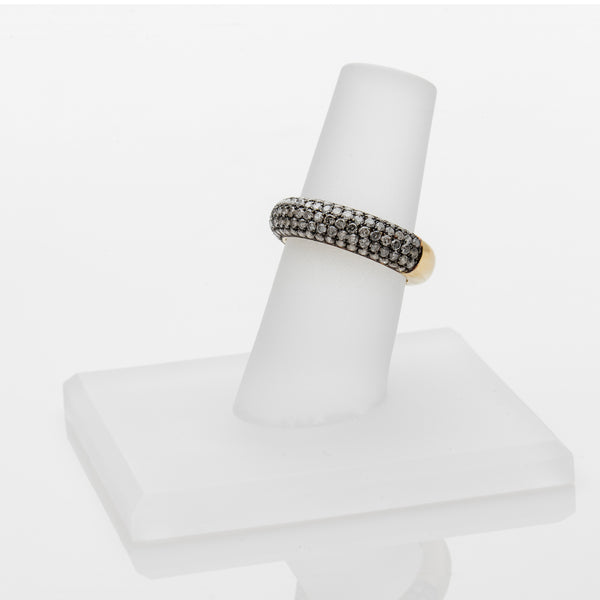 GRAY DIAMOND PAVE BAND