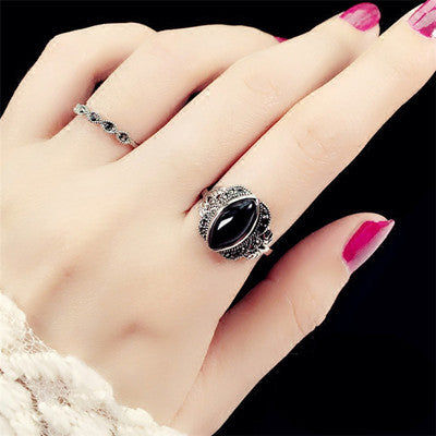 Vintage ring female jewelry Japanese and Korean version of the influx of ancient silver ring simple imitation black agate European and American two-piece ring