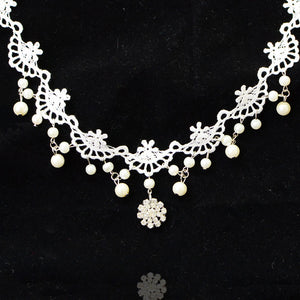 Women's white lace gemstone necklace