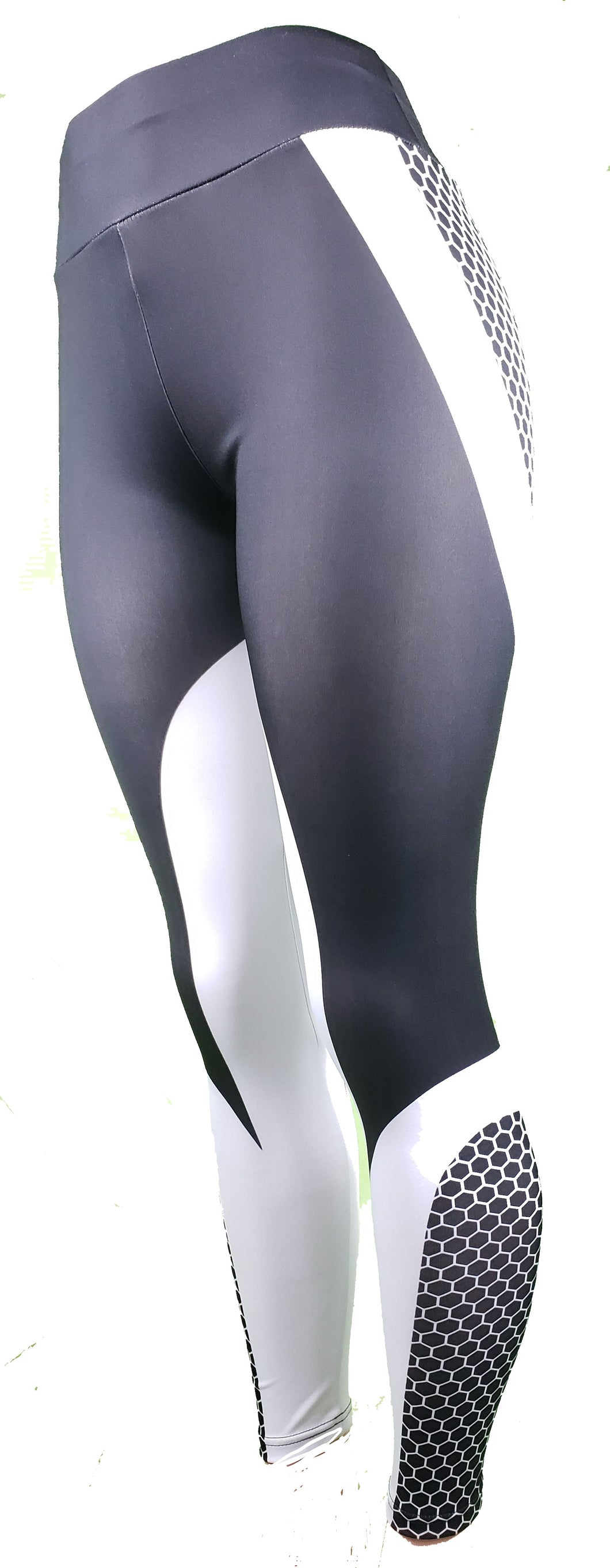 Front side view of honeycomb gym leggings - GS4LESS