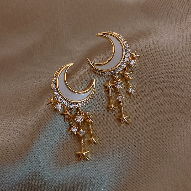 Wholesale Fashion Star And Moon Design Rhinestone Decor Stud Earrings