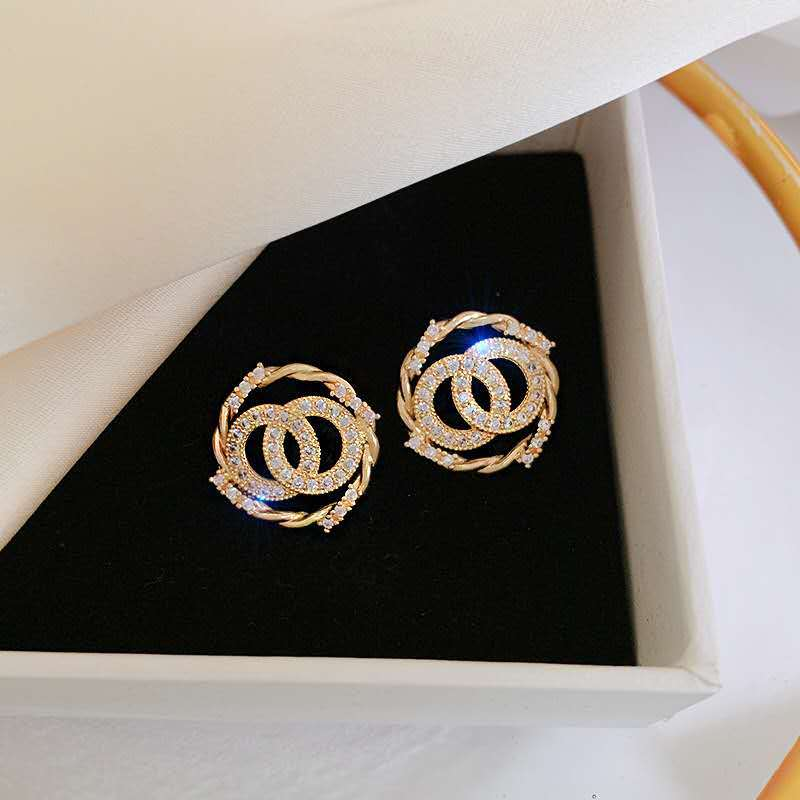 Wholesale Women Simple Irregular Shaped Rhinestones Decor Earrings