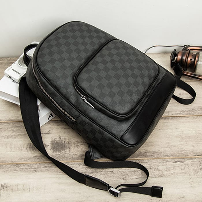 Wholesale Men Classic Plaid Pattern Large Capacity PU Backpack