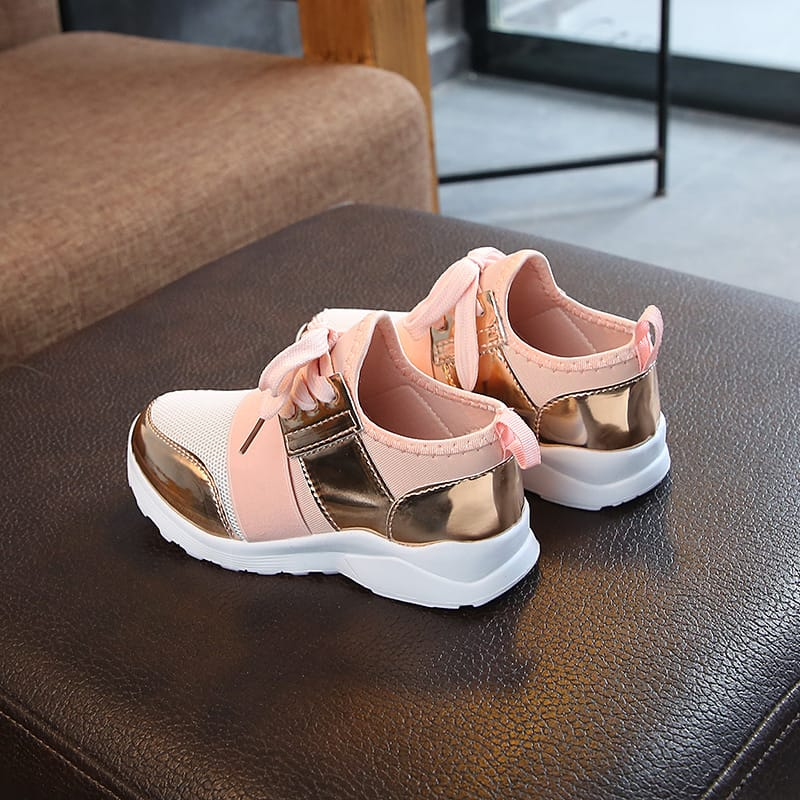 30 Set's)Wholesale Girls Mesh Design Shiny PU Spliced Sneakers