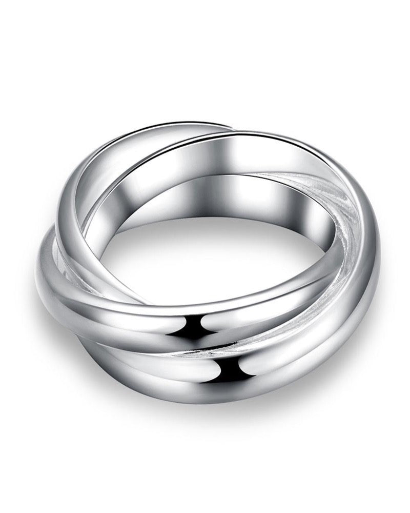 18K White Gold Plated Interlocking Band Ring