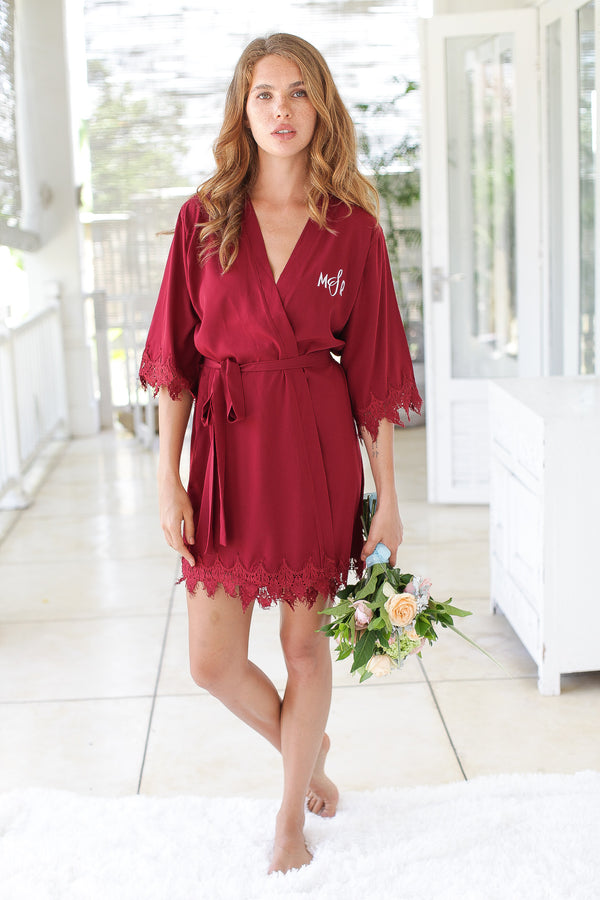 Dulce Lace Robe in Burgundy
