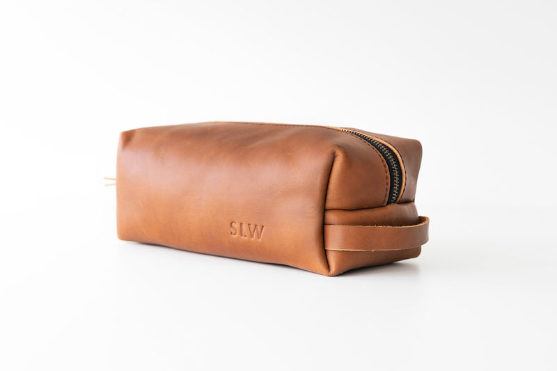 Dopp Kit-Groomsmen gift-Brown leather monogram Dopp Kit-Mens Groomsmen Gift-Custom Groomsmen Gift-Mens Dopp Kit-Mens toiletry bag- Gift Set