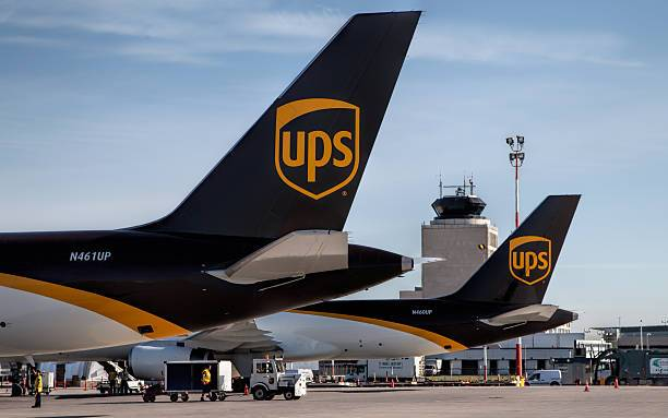 Fast international delivery by UPS, DHL or EMS
