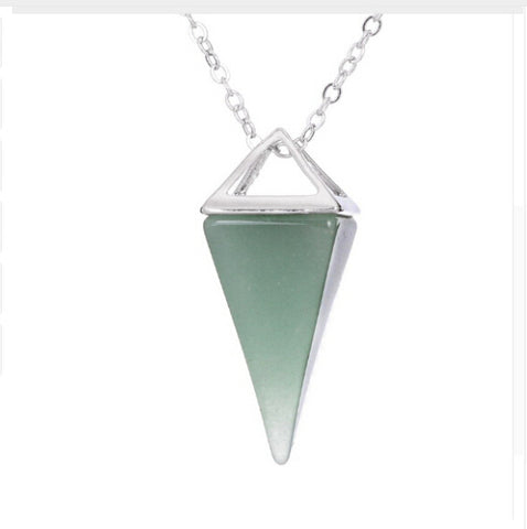 Women Lucite Faceted Pyramid Pendant Necklace
