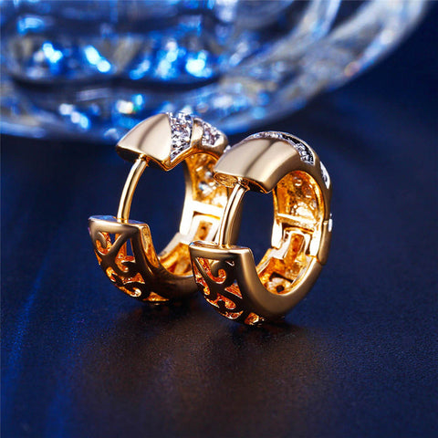 Classic Design Gold Hoop Earrings