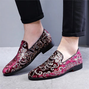 Men Burgundy Embroidery Loafers