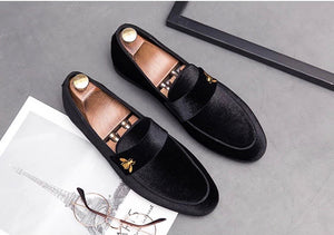 Men Black Velvet Embroidery Bee Loafers