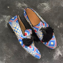 Men Blue Embroidery Loafers
