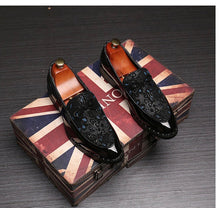 Men's Classic Floral Print Blue Loafers