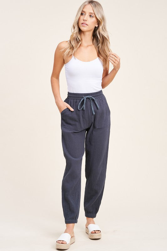Lightweight gauze joggers - the June