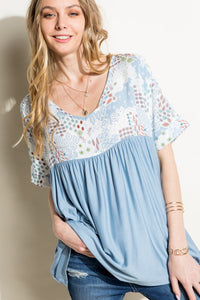 Blue patterned flowy top - the Rockford