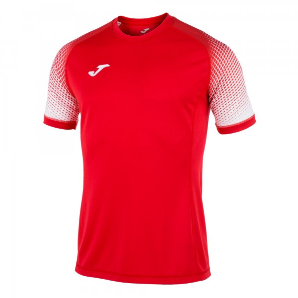 JOMA SHORT-SLEEVED T-SHIRT WITH A ROUND COLLAR. FEATURES FLATLOCK SEAMS ON SLEEVES TO PREVENT CHAFING, SILKSCREENED LOGO, AND MICRO-MESH TECHNOLOGY TO ASSIST THE SPORTSPERSON'S BREATHABILITY.