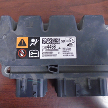 Load image into Gallery viewer, Chevrolet Colorado Airbag Control Module  13514458