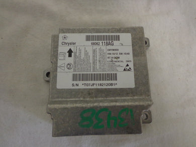Chrysler Town And Country Airbag Module 68062118AG