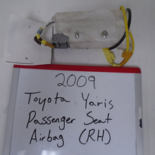 Load image into Gallery viewer, 2007-2009 Toyota Yaris Passenger Seat Belt (RIGHT)