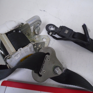 2008-2014 Scion xB Passenger Seat Belt (RIGHT)
