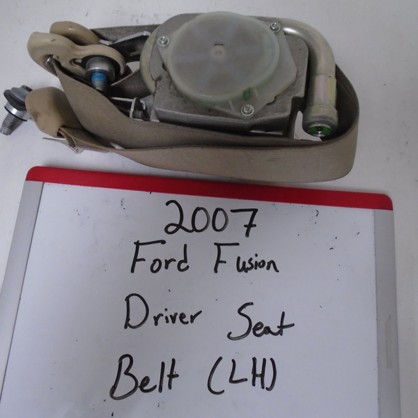 2007 Ford Fusion Driver Seat Belt (LEFT)