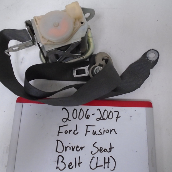 2006 - 2007 Ford Fusion Driver Seat Belt (LEFT)