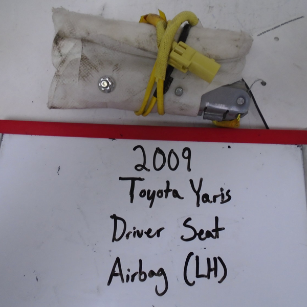 2009 Toyota Yaris Driver Seat Airbag (LEFT)