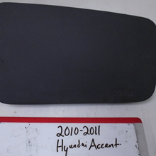Load image into Gallery viewer, 2010-2011 Hyundai Accent Passenger Dash Airbag (RIGHT)