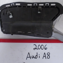 Load image into Gallery viewer, 2004-2006 Audi A8 Quattro Driver Seat Airbag (Left)