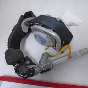 2013 Hyundai Elantra Bucket Passenger Seat Belt (RIGHT)