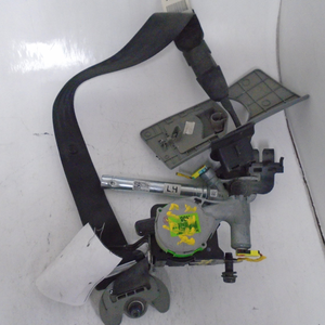 2014 Hyundai Accent Driver Seat Belt (LEFT)