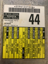 Load image into Gallery viewer, TOYOTA RAV4 AIRBAG MODULE PN:89170-0R070