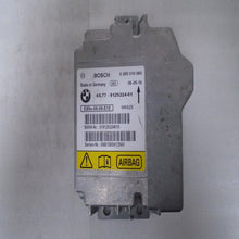 Load image into Gallery viewer, BMW 3 Series Airbag Control Module 0 285 010 060