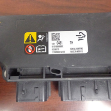 Load image into Gallery viewer, Chevrolet Malibu Airbag Control Module 1351 0481