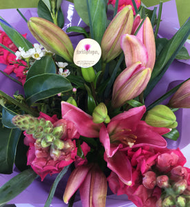 flowers and chocolate delivery gold coast, tugun florist, florist @ tugun