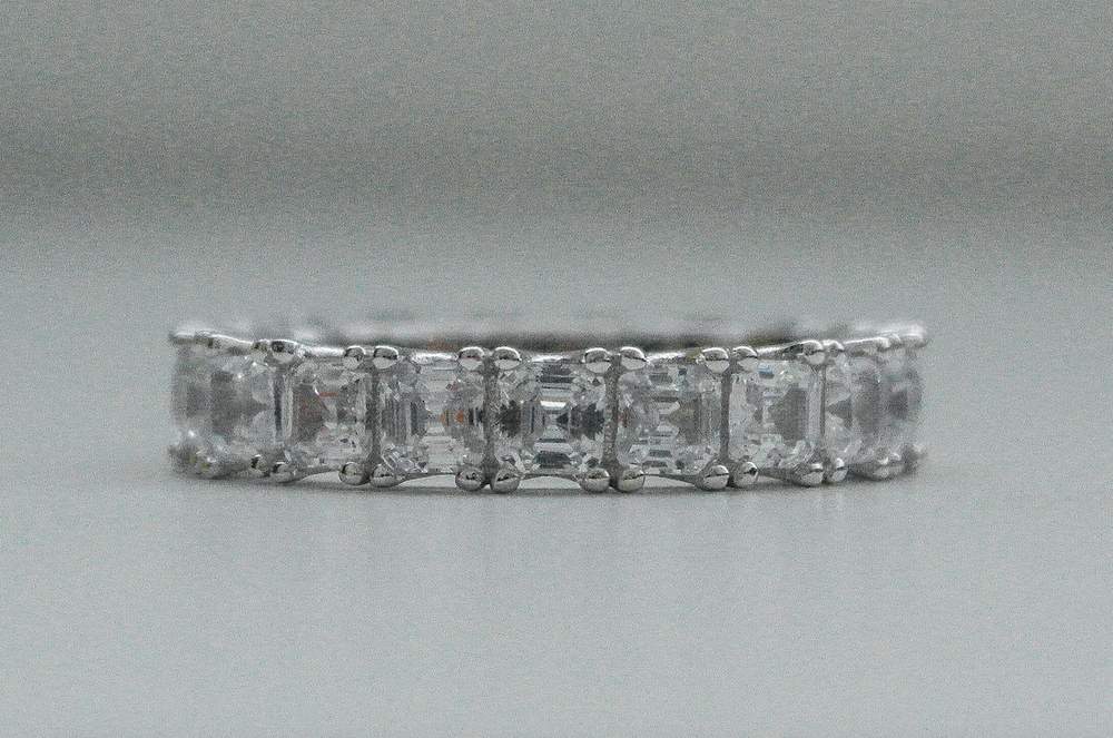 Four Prong Asscher Band