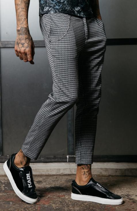 MAUVAIS Grey Houndstooth Cropped Trousers with Detachable Chain