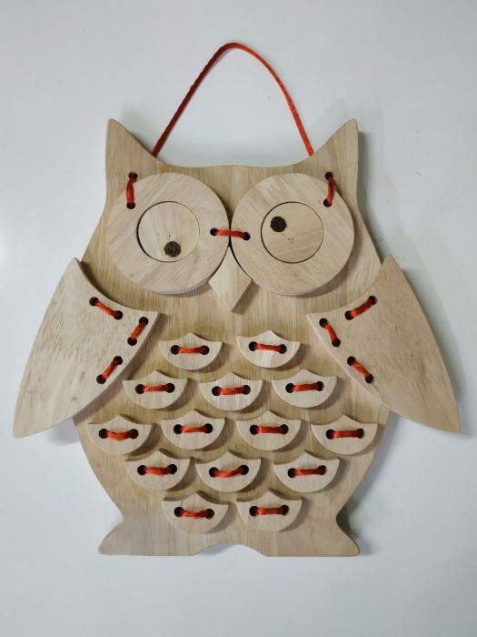 Lacing owl