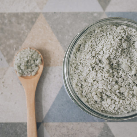 detox mineral bath made with epsom salts and green clay