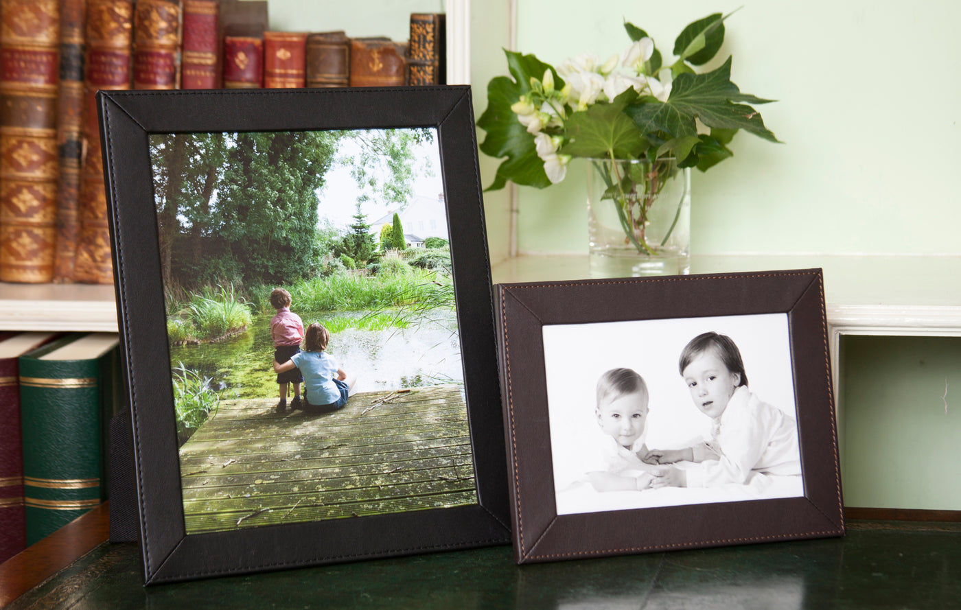 Slim Classic Leather Photo Frames