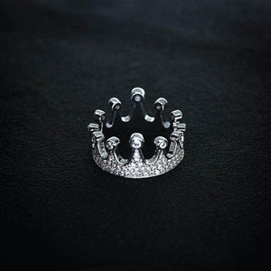 Queen Crown Ring in White Gold