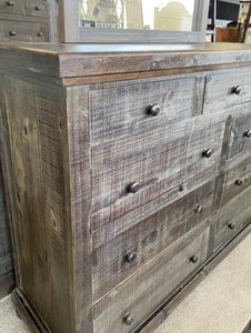 Charlotte Weathered Gray King Bedroom Set