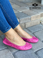 Load image into Gallery viewer, The Storehouse Flats Special Edition: Bright Pink Oil Tanned