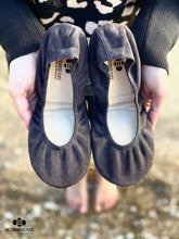 Load image into Gallery viewer, The Storehouse Flats Special Edition: Silt Suede (Pre-order)
