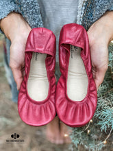 Load image into Gallery viewer, The Storehouse Flats Special Edition: Maroon Traditional Leather